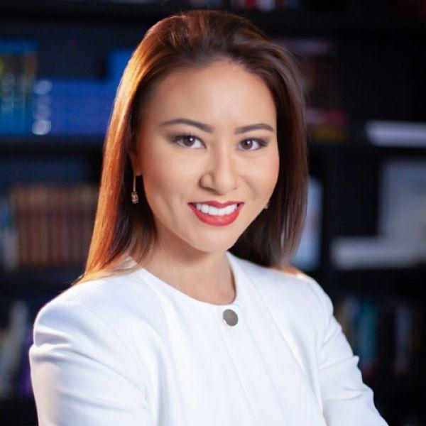 Entrevista com Letícia Sugai